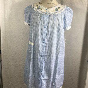 Vintage Gingham Button Frt Housecoat Muumuu shift